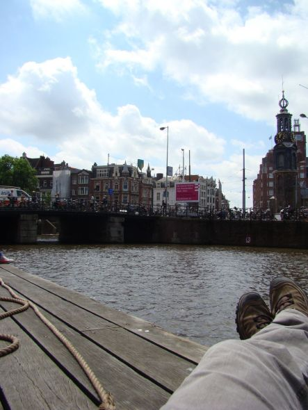 amsterdam 1 077
