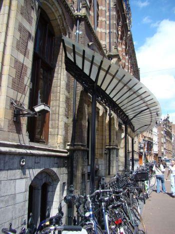amsterdam 1 086