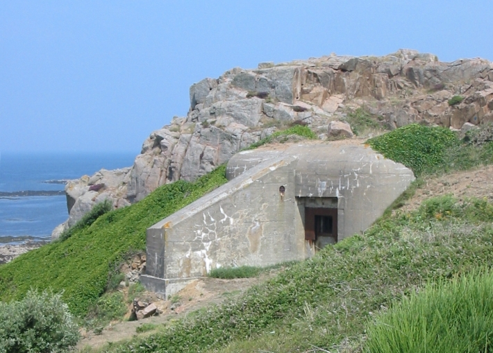 Bunker_L'Oeillière_Jersey_German_occupation
