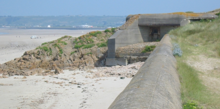 Bunker_St_Ouen's_Bay_Jersey_German_occupation