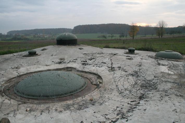 Fort_de_Schoenenbourg_forward_bunker_11-2005