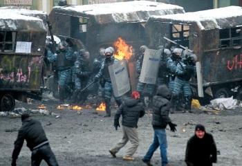 00-kiev-riots-02-23-01-14